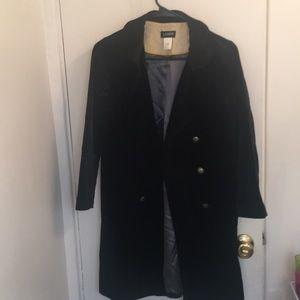 Black velvet, 3/4 length sleeve, coat w/ pockets